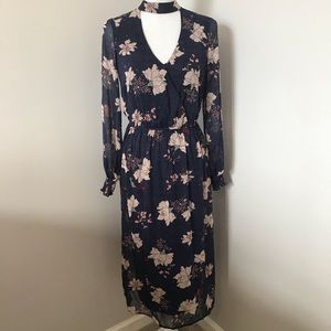 Love Fire Navy Floral Long Sleeve Maxi Dress Small